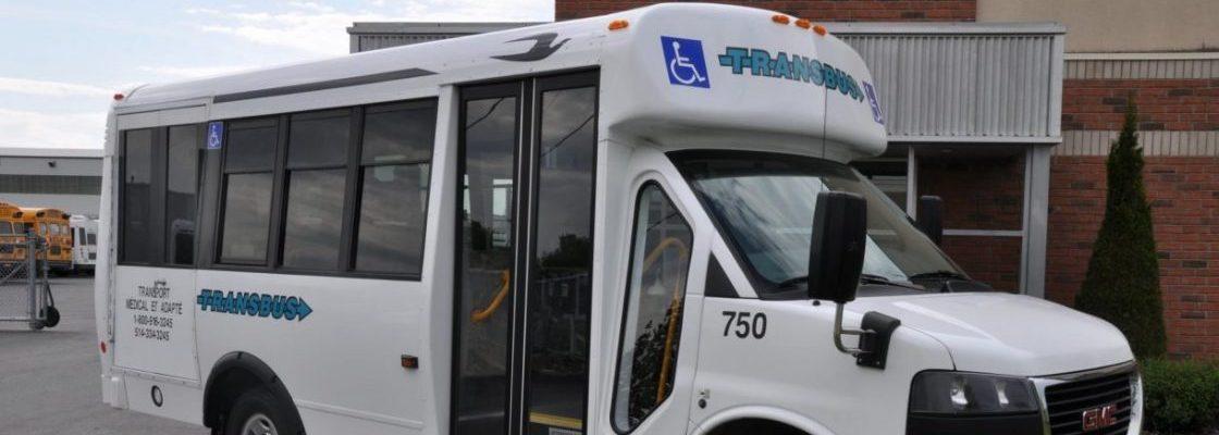 Le transport adapté: un service de transport en commun adapté