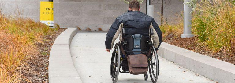Qu'est-ce qu'une personne handicapée?
